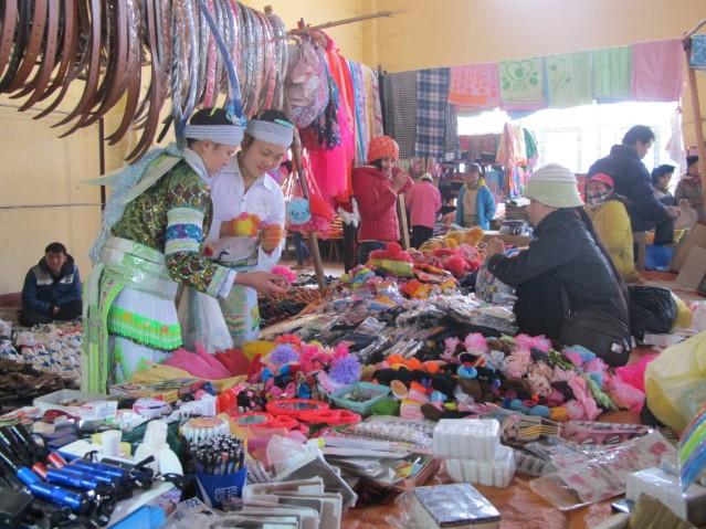 Phiên chợ giáp Tết vùng cao xã Bộc Bố, huyện Pác Nặm